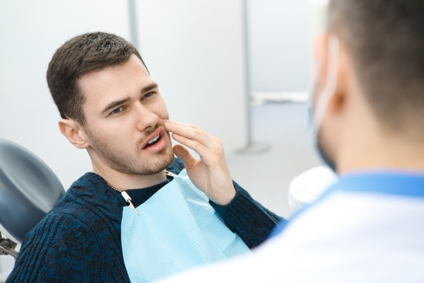 Wisdom Tooth Extraction: When Should I Have My Third Molar Extracted?