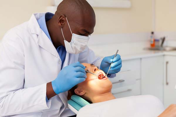 Signs You Should Visit A General Dentistry Office